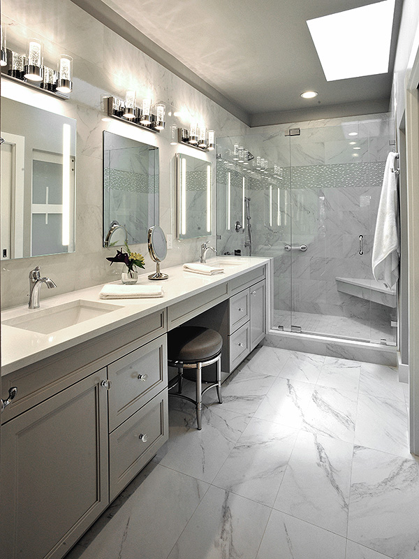 Light and bright transitional style bathroom